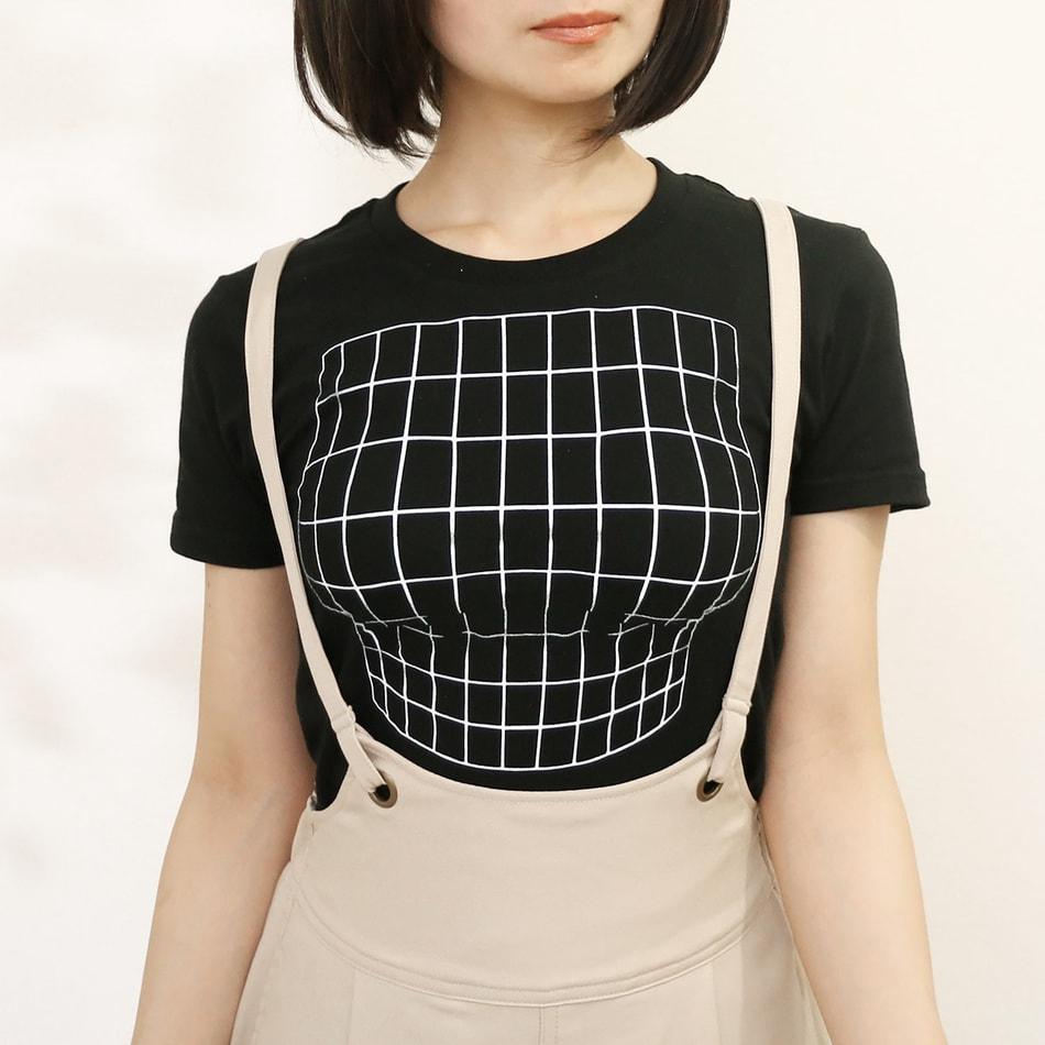 ตู้ม! ได้ไม่ต้องเสริม กับเสื้อยืดลายเด็ดจากดีไซน์เนอร์ญี่ปุ่น